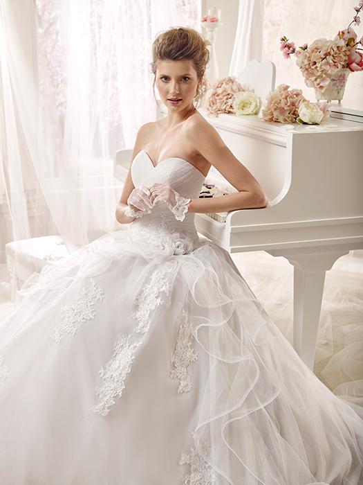 4dd5dded23ea abito da sposa principesco - colet - Abiti da Sposa